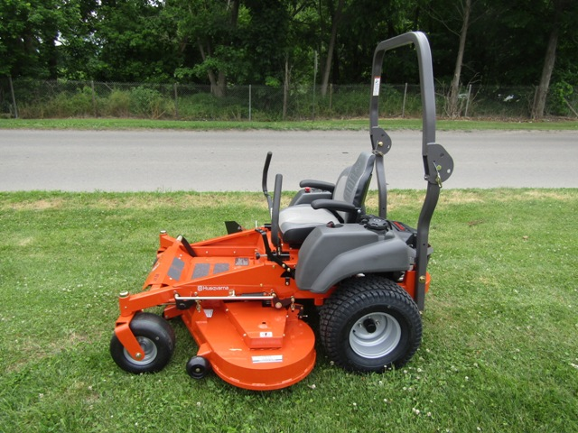 Husqvarna MZ61 Zero Turn Mower