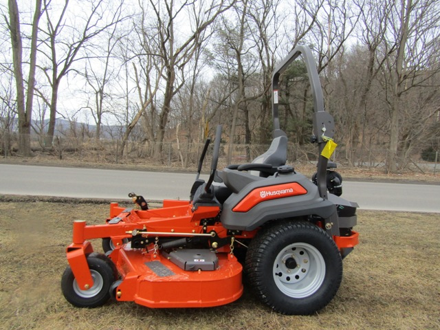 Husqvarna Z560 Professional Zero Turn Mower