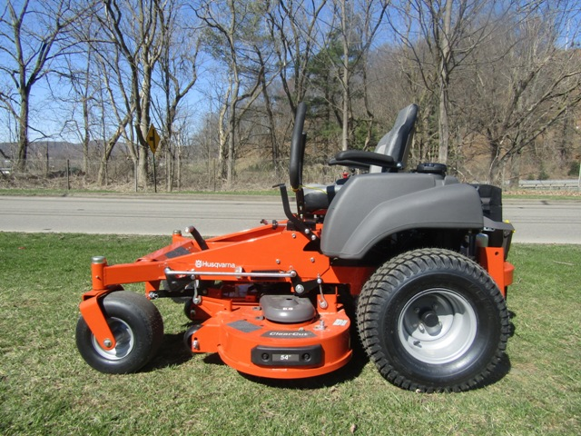 Husqvarna MZ 54 Zero Turn Mower