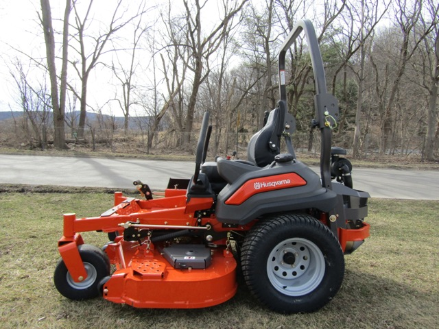 Husqvarna Z560X Professional Zero Turn Mower